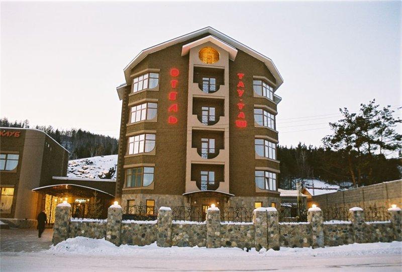 Абзаково, гостинично-развлекательный комплекс «Тау-Таш»