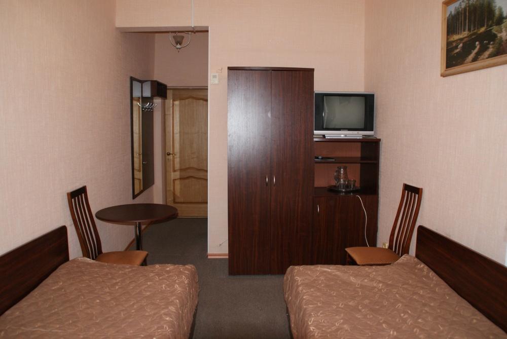 1 корпус, 2-местный, 1 этаж с балконом